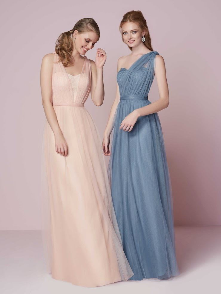 Top 5 Ways To Style Your Bridesmaids. Desktop Image